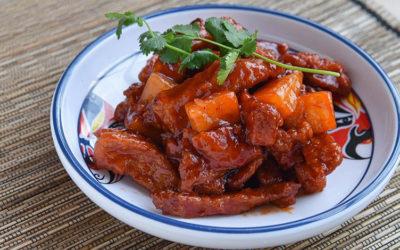 Recette de sauté de porc au curry, huile de coco et ananas
